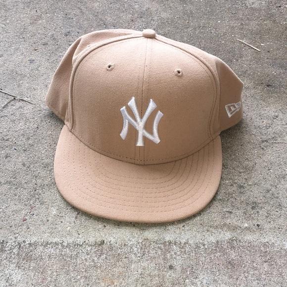 TAN NEW YORK YANKEES HAT 211f57cd777